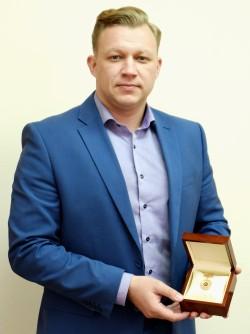 Б. ЗАВАРУХИН с наградой-2017
